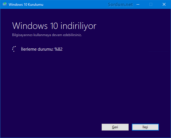Windows 10 indiriliyor